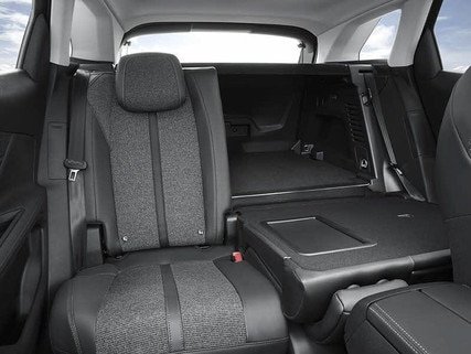 Nouveau suv peugeot 3008 design ext rieur for Peugeot traveller interieur