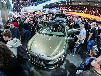 Stand Peugeot Mondial