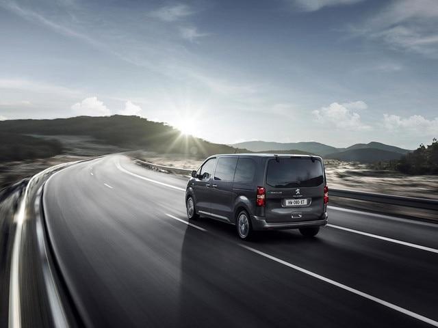 Nouveau PEUGEOT e-Traveller – motorisation 100% électrique