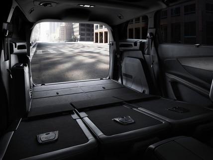 Nouveau SUV PEUGEOT 5008 GT : Grand volume de coffre