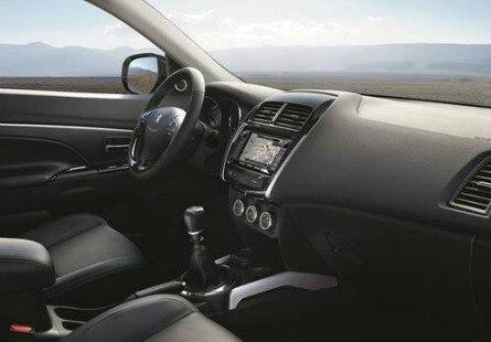 Peugeot 4008 le 4x4 tout terrain robuste et maniable for Interieur 4008 peugeot