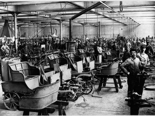 L Histoire De La Famille Peugeot Pionniers De L Industrie