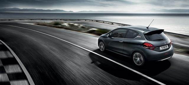 PEUGEOT 208 GTi : arrière dynamique