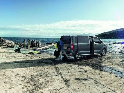 Peugeot Traveller mains libres