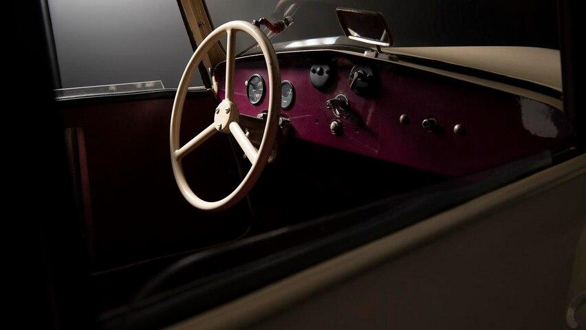 Rétromobile 2020 : Peugeot, l'électrique dans la peau