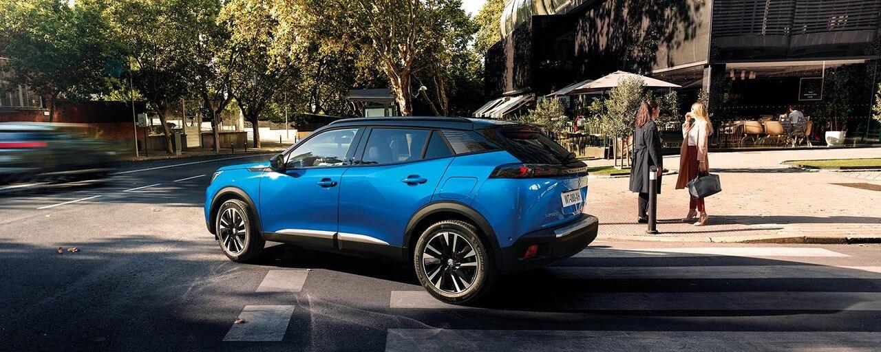 Nouveau SUV électrique PEUGEOT e-2008 : le SUV compact électrique puissant, dynamique et efficient