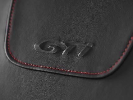 peugeot 208 GTi sellerie