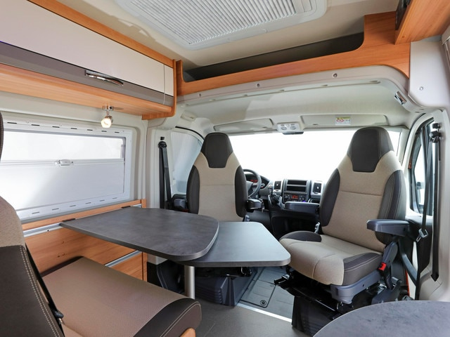 camping cars v hicules de loisir peugeot. Black Bedroom Furniture Sets. Home Design Ideas