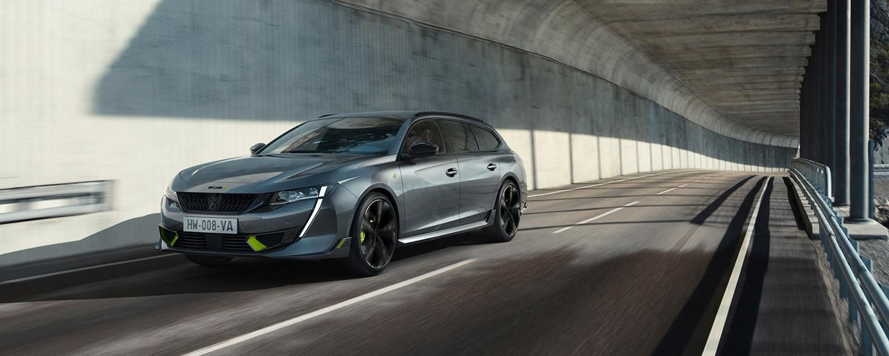 Nouveau break hybride haute-performance 508 SW PEUGEOT SPORT ENGINEERED